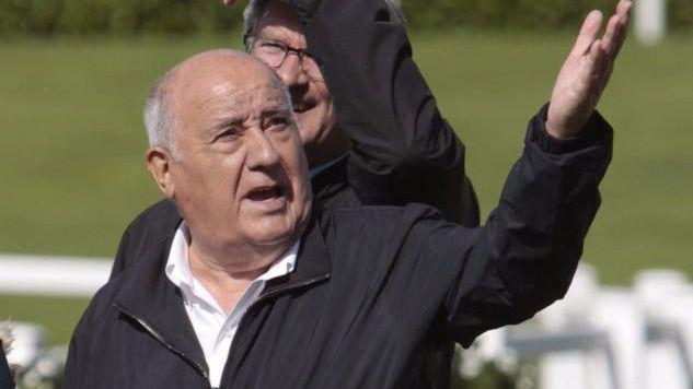 A 9.000 euros la foto: la millonaria pillada a Amancio Ortega por los paparazzi