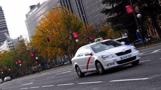 Los taxis de Madrid desconvocan su huelga tras el compromiso de ayuda del Ayuntamiento