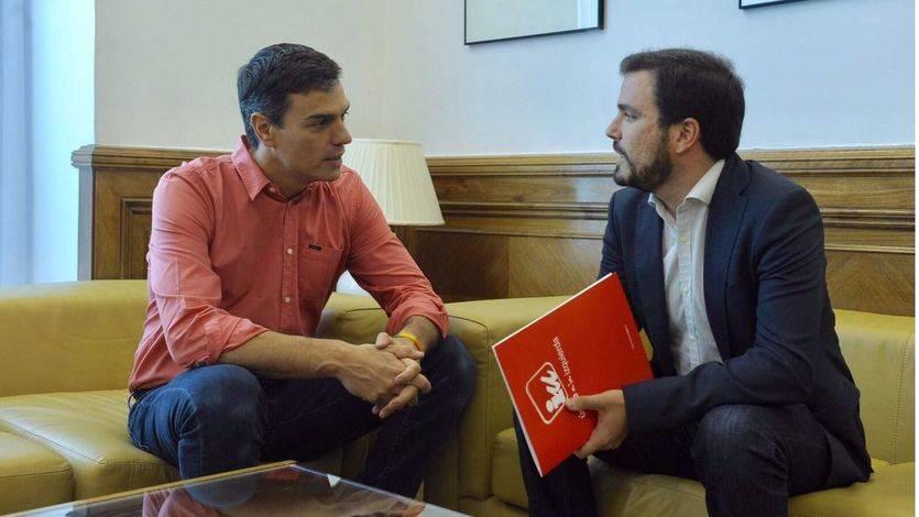 Pedro Sánchez y Alberto Garzón acuerdan trabajar juntos para despenalizar la eutanasia