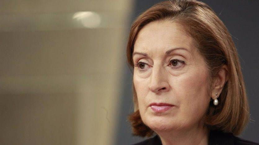 Ana Pastor no acepta las líneas rojas de Puigdemont: el 'referéndum' no entrará así en el Congreso