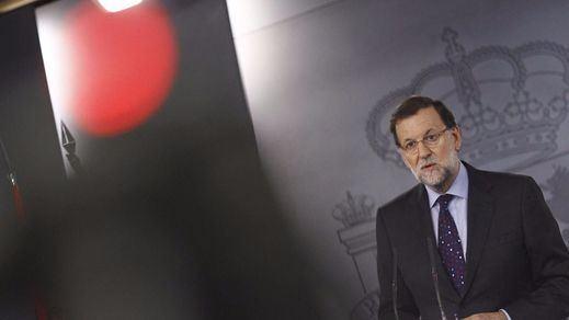 El Gobierno se marca la misión urgente de llevar a PSOE y Ciudadanos a su terreno