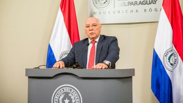 IU critica y pide explicaciones al Gobierno por dar la Cruz de Isabel la Católica al canciller paraguayo