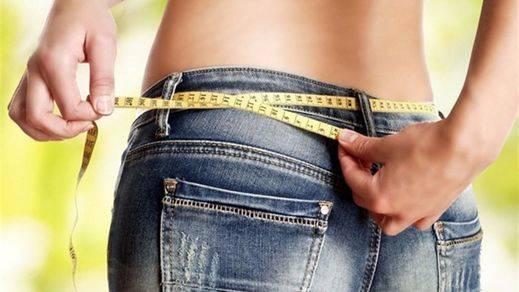 La dieta veraniega pone 5 kilos de más en una cuarta parte de los españoles