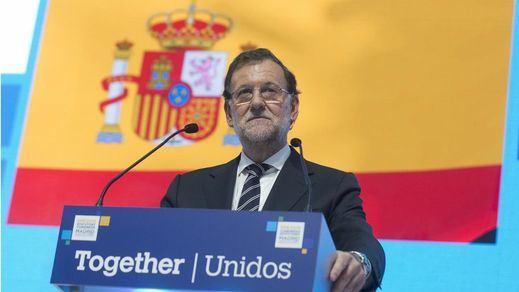 Ni artículo 155 ni la fuerza: así será la estrategia del Gobierno para frenar a Cataluña