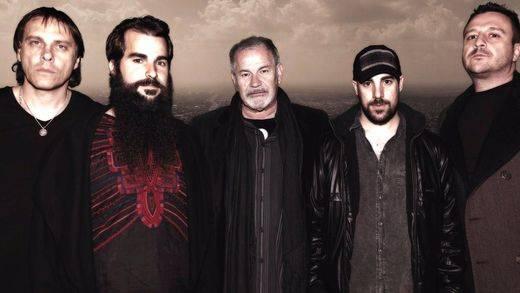 Los míticos Asfalto siguen en la brecha con el mejor rock y su nuevo disco 'Sold Out'