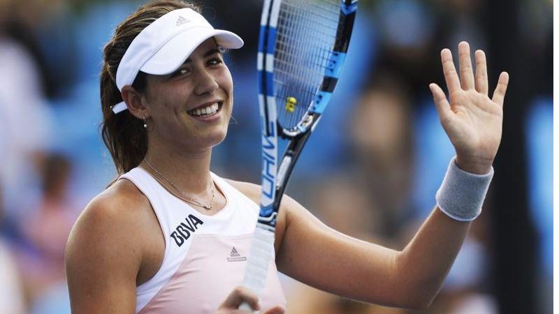 Wimbledon: otro paso más de la 'nueva' Muguruza: gana fácil a Kuznetsova y se mete en semifinales