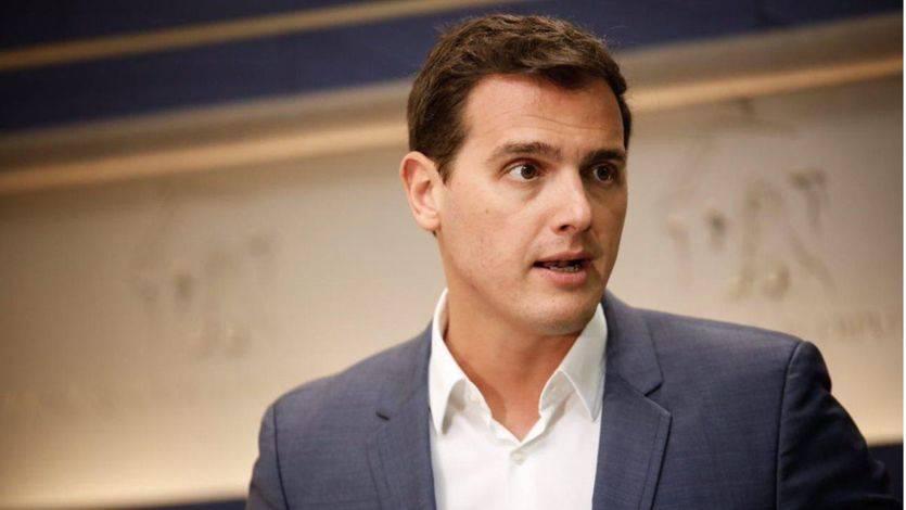 Rivera rechaza debatir la reforma de la Constitución antes de la consulta independentista
