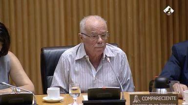 Naseiro, ex tesorero del PP, indigna a presentes y cibernautas con su comparecencia en el Congreso