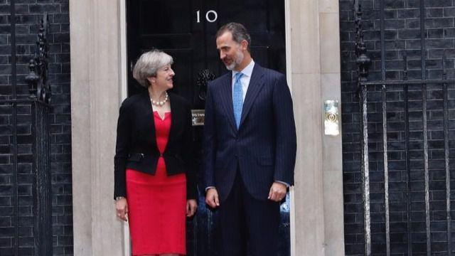 May garantiza al Rey 'el estatus' de los ciudadanos españoles en Reino Unido