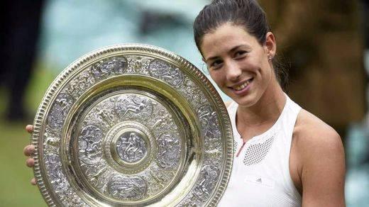 Fantástica Garbiñe: se corona en Wimbledon estoqueando y humillando a Venus Williams (7-5, 6-0)
