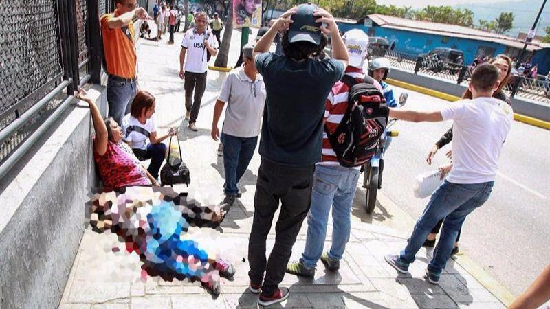 Un grupo de hombres armados matan a una persona en la consulta opositora de Venezuela
