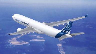 Avión Airbus en vuelo