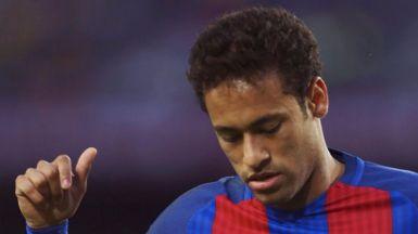 La (posible) nueva locura del mercado del fútbol: 222 millones por Neymar