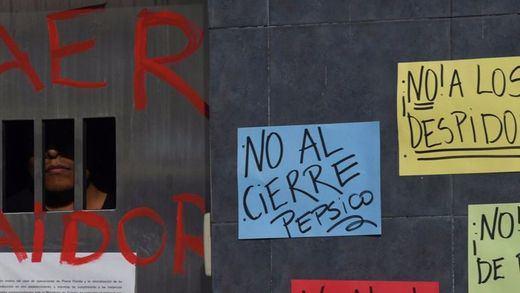 En España pasa con Coca-Cola, en Argentina, con Pepsi: polémico cierre de su planta en Buenos Aires