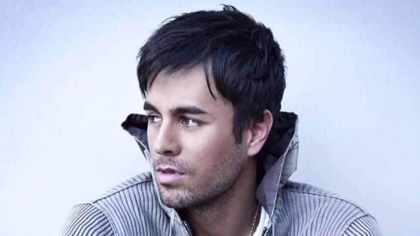 Revilla insinúa que Enrique Iglesias hizo playback en su concierto de Santander