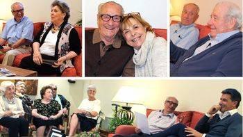 Un Bertín Osborne de 93 años y otros 17 'jóvenes' de una residencia entrevistan a famosos personajes en un programa de televisión (vídeo)