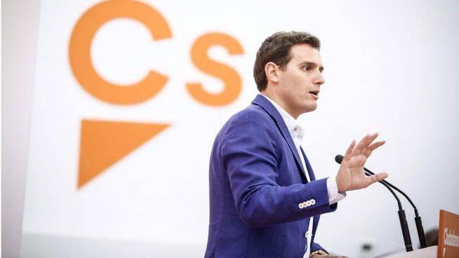 Rivera pide a Rajoy que aclare su implicación en todas las tramas de corrupción del PP
