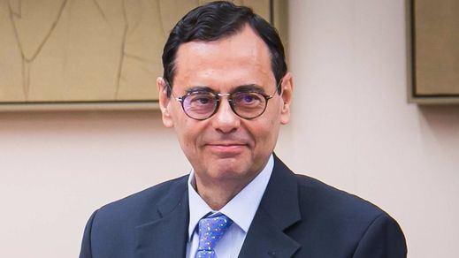 El ex gobernador del Banco de España Jaime Caruana cree que los políticos fueron los culpables de la crisis