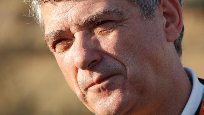 Villar deja de ser presidente del fútbol español tras casi 3 décadas al frente
