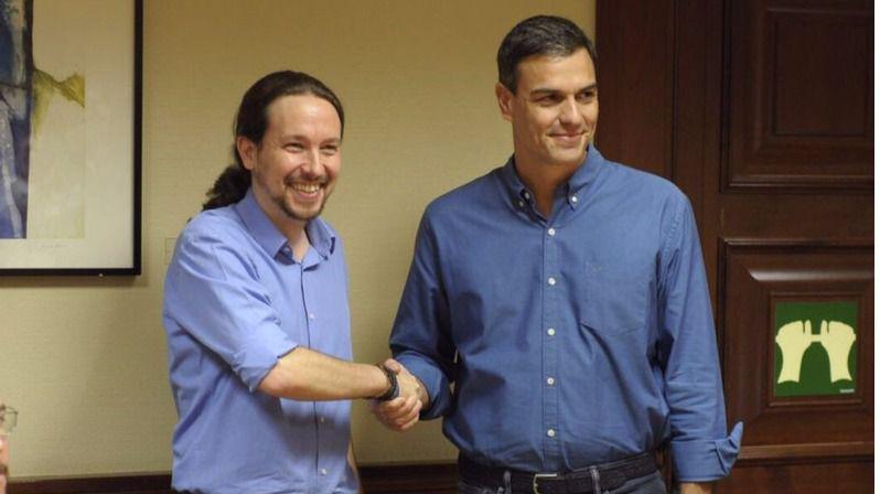 Sánchez e Iglesias acuerdan solicitar la comparecencia urgente de Rajoy en el Congreso