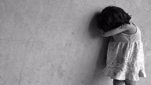 Una menor, maltratada hasta la muerte