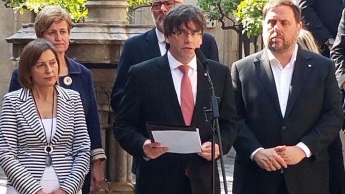 - Queda firmada la ley del referéndum y aprobada la primera norma de la desconexión