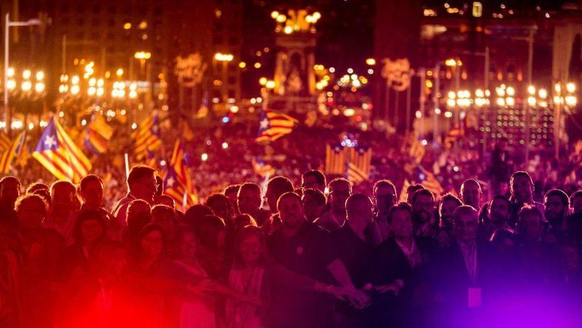 Comienza el verdadero duelo: el Constitucional paralizará la ley del referéndum y Cataluña podría iniciar la desobediencia