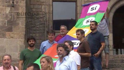 Entidades y partidos soberanistas harán juntos campaña por el 'sí' a partir del 15 de septiembre