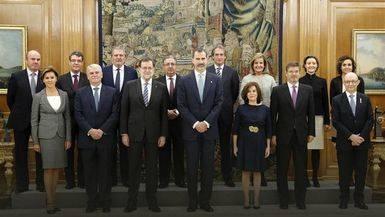 CIS: el Gobierno suspende de forma rotunda, pero Rajoy no es el que peor nota saca en La Moncloa