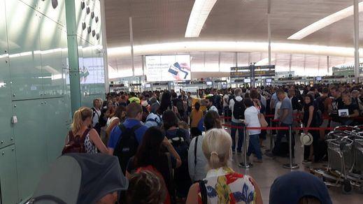 Fracasan las negociaciones y los trabajadores de Eulen continúan en huelga en el Aeropuerto de Barcelona-El Prat