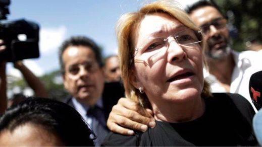 Maduro aparta a su último obstáculo, la fiscal general Luisa Ortega