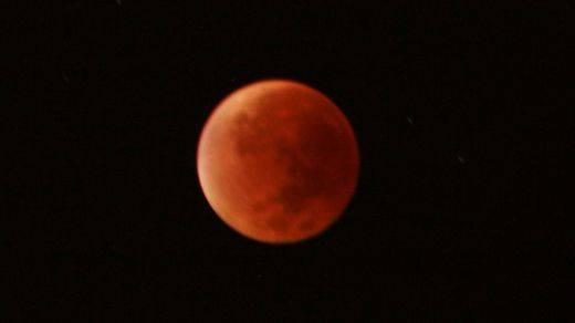 Todos los detalles del próximo gran eclipse de Luna visible en toda España