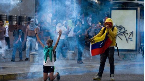 Dura condena de la ONU a la policía de Venezuela por 'maltrato y tortura' a los manifestantes contra Maduro
