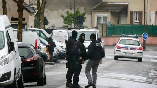 Un arrestado como supuesto autor del atropello de seis militares antiterroristas en París