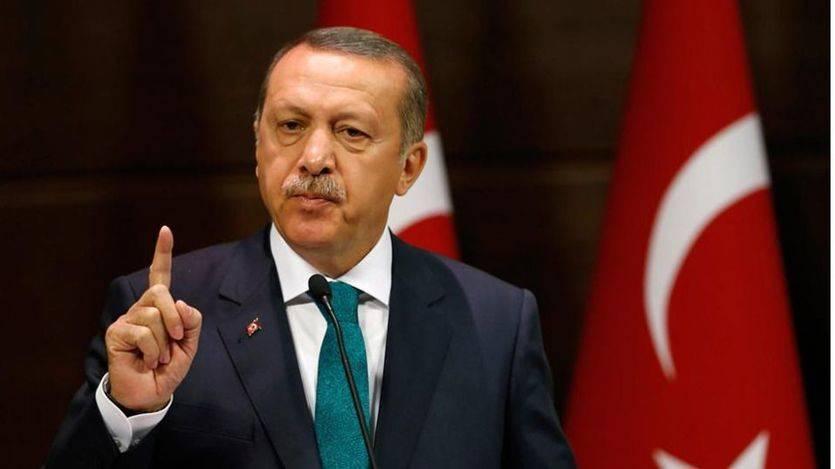 España colabora con la 'purga' del gobierno turco: prisión provisional para un escritor contrario a Erdogán detenido en Barcelona