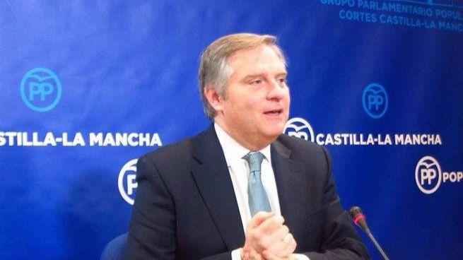 El PP acusa a PSOE y Podemos de privilegios y sobresueldos a los altos cargos de Castilla-La Mancha