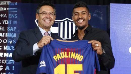El Barça ya tiene a Paulinho... pero fichar a Dembélé y Coutinho se complica