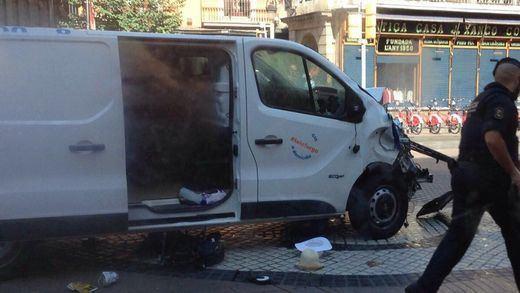 Fallece otra de las víctimas del atentado de Las Ramblas, dejando en 16 el balance de muertos en los ataques