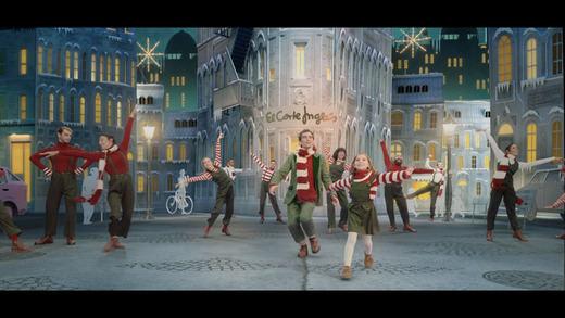 El Corte Inglés lanza su spot de Navidad 'La canción de los elfos' en clave de cuento