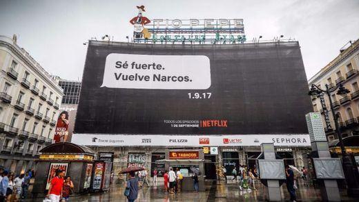 Netflix vuelve a jugar a provocar con su publicidad de 'Narcos': ahora le toca a Rajoy y Bárcenas