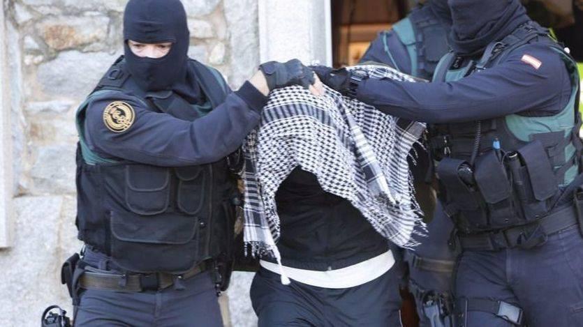 Dos nuevos jóvenes detenidos por guardias civiles en Melilla por amenaza terrorista