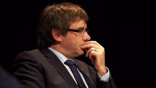 Puigdemont inaugura una embajada catalana en Dinamarca y no acude ni un político de altura