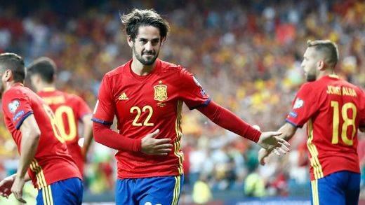Isco desata la alegría en una España que arrasa a Italia (3-0) y apunta a lo grande para el Mundial