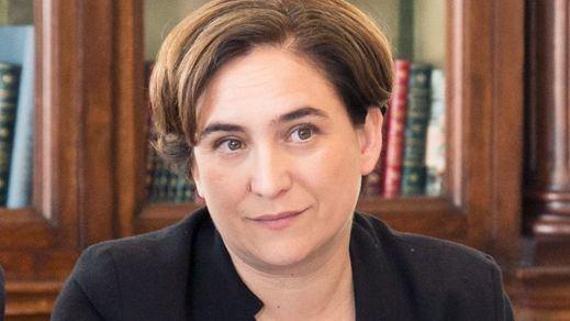 Ada Colau confirma que permitirá instalar urnas para el referéndum, pero sin poner en riesgo a sus funcionarios