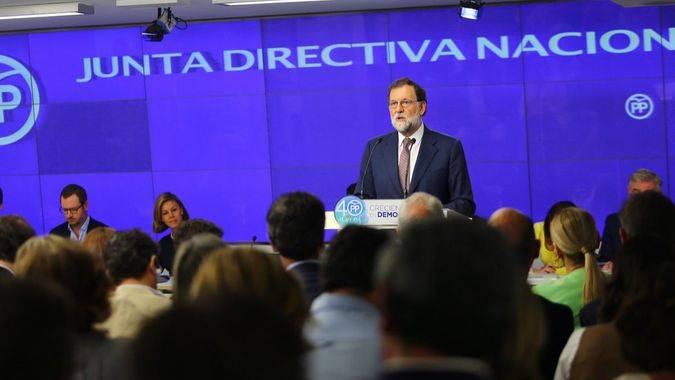 Rajoy insiste sin dar más claves sobre cómo evitará la secesión catalana: