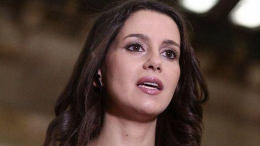 Expertos analizan el caso de Inés Arrimadas: ¿pueden despedirte por comentarios en redes sociales?