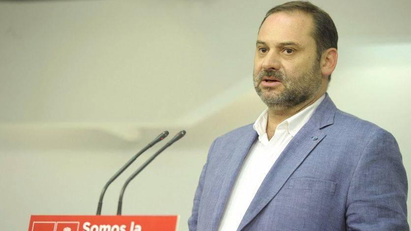 El PSOE apoya las iniciativas del Gobierno contra el referéndum