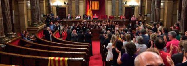 Parlament de la Generalitat en el momento de aprobar la ley del referéndum
