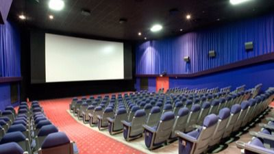 El Gobierno confirma que bajará el IVA del cine al 10% de cara a 2018