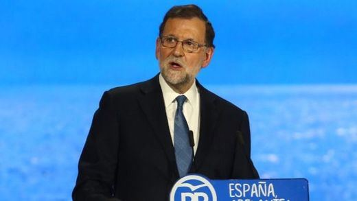 Rajoy, a los alcaldes catalanes: